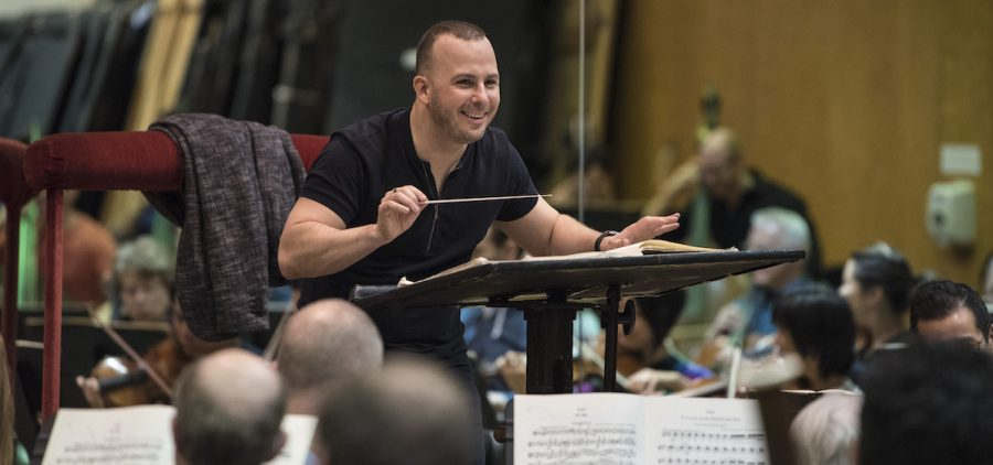 Yannick Nézet-Séguin conducting