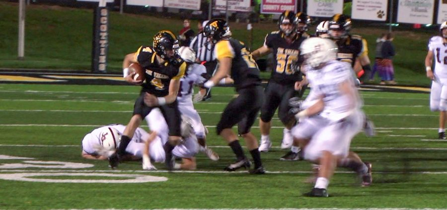 Tri-Valley ball carrier changes direction on a big run